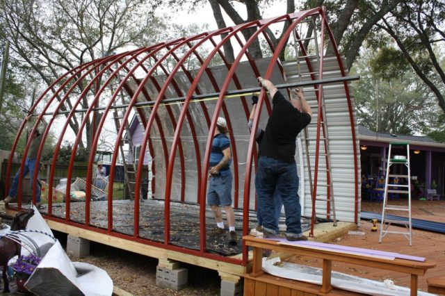 Prefab arched cabin construction