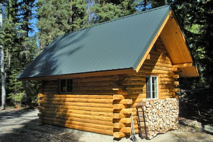 Small log cabin kit