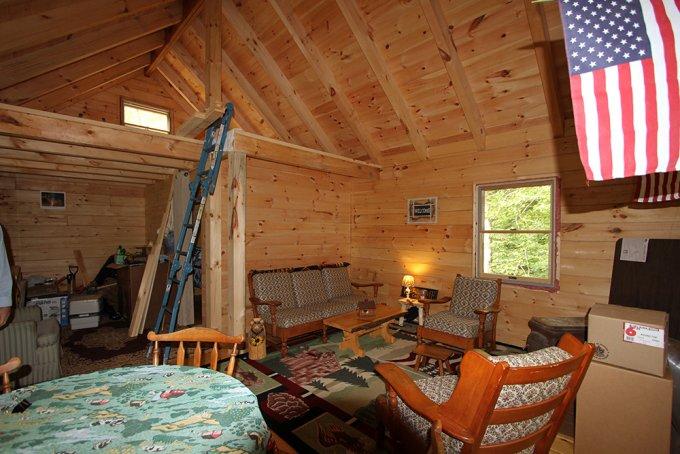 Log Cabin kit inside