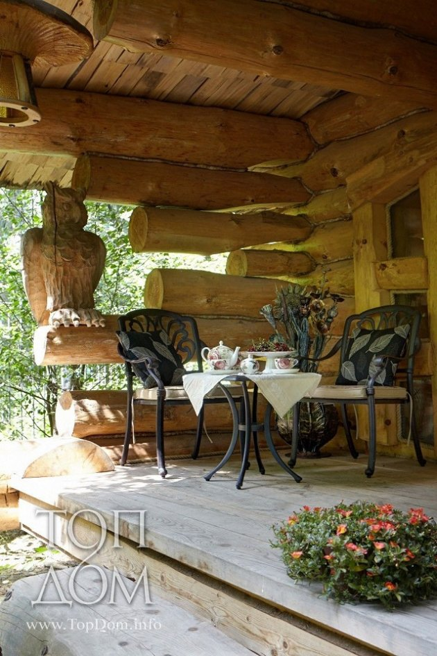 Log cabin Russian design porch