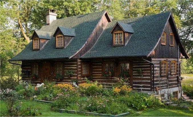 Log cabin small home