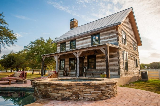 Old Log Cabin Restored Cozy Homes Life