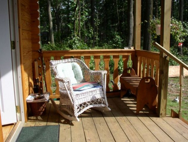 Serenity log cabin porch