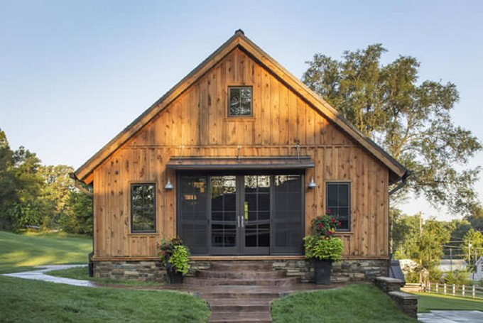 Cozy barn style home cozy homes life Small barn style homes