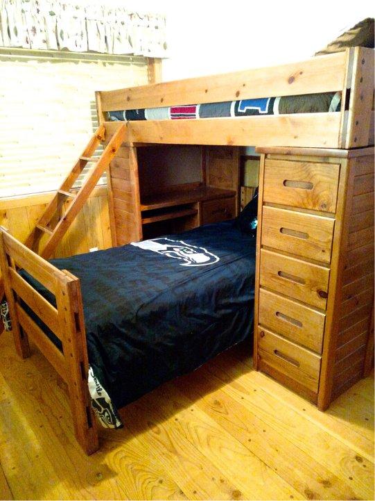 Mount Rainier cabin bunk bed
