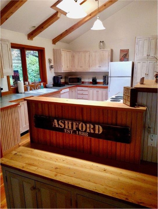 Mount Rainier cabin kitchen