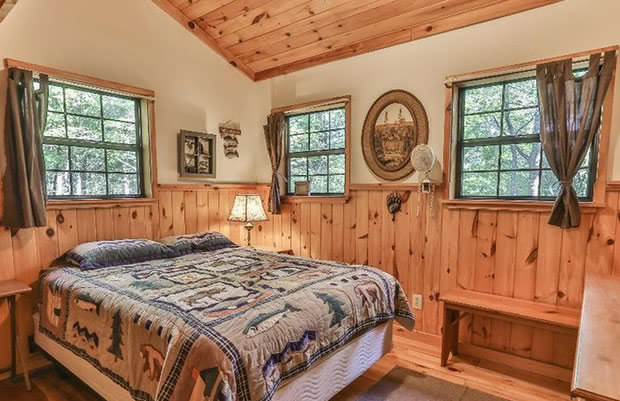 Mountain cabin bedroom