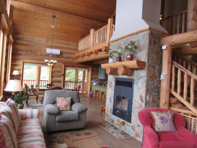 Montana log cabin inside
