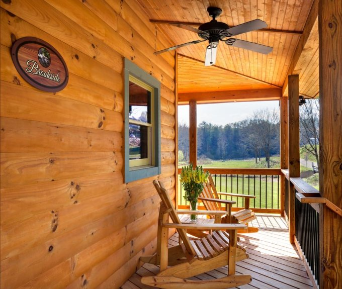 Nice Cabin With Wrap Around Porch
