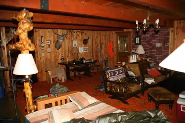 Cabin in Wyoming inside