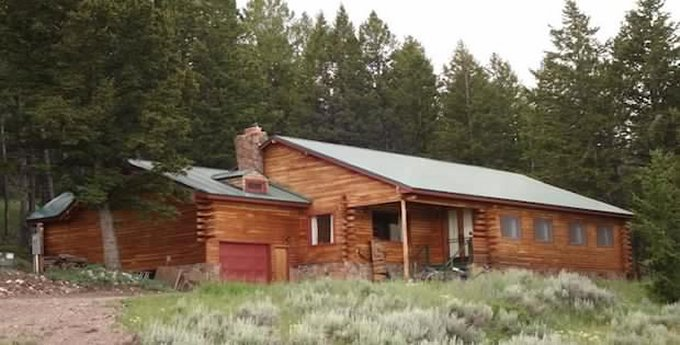 Cabin in Wyoming