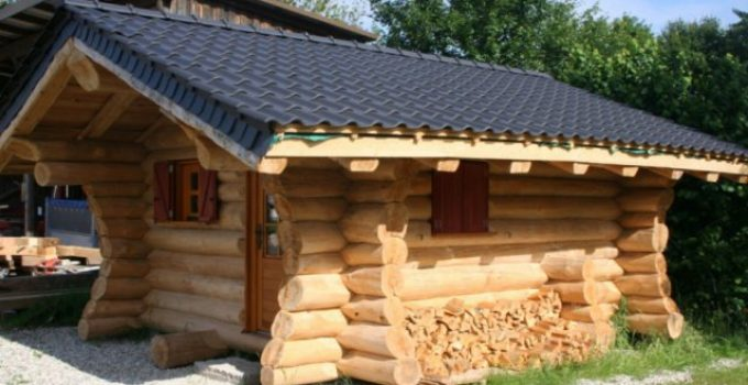 Cute cozy log cabin