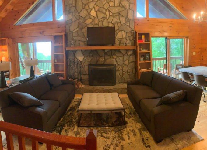 Peaceful log cabin