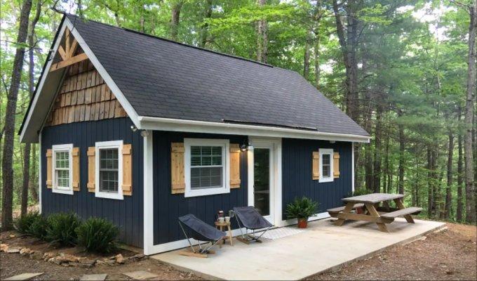 Tiny modern cabin