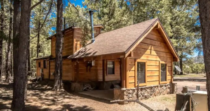 Cabin near Grand Canyon