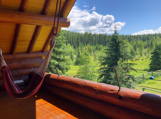 Mountain log cabin balcony