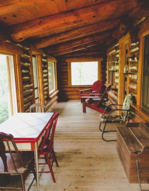 Hand Scribed Log Cabin