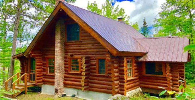 Hand Scribed Log Cabin