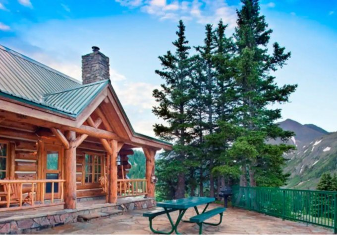 Log cabin in Colorado