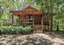 Acreage log cabin