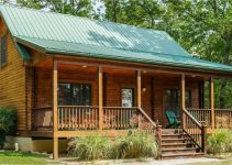 Blue moon log cabin